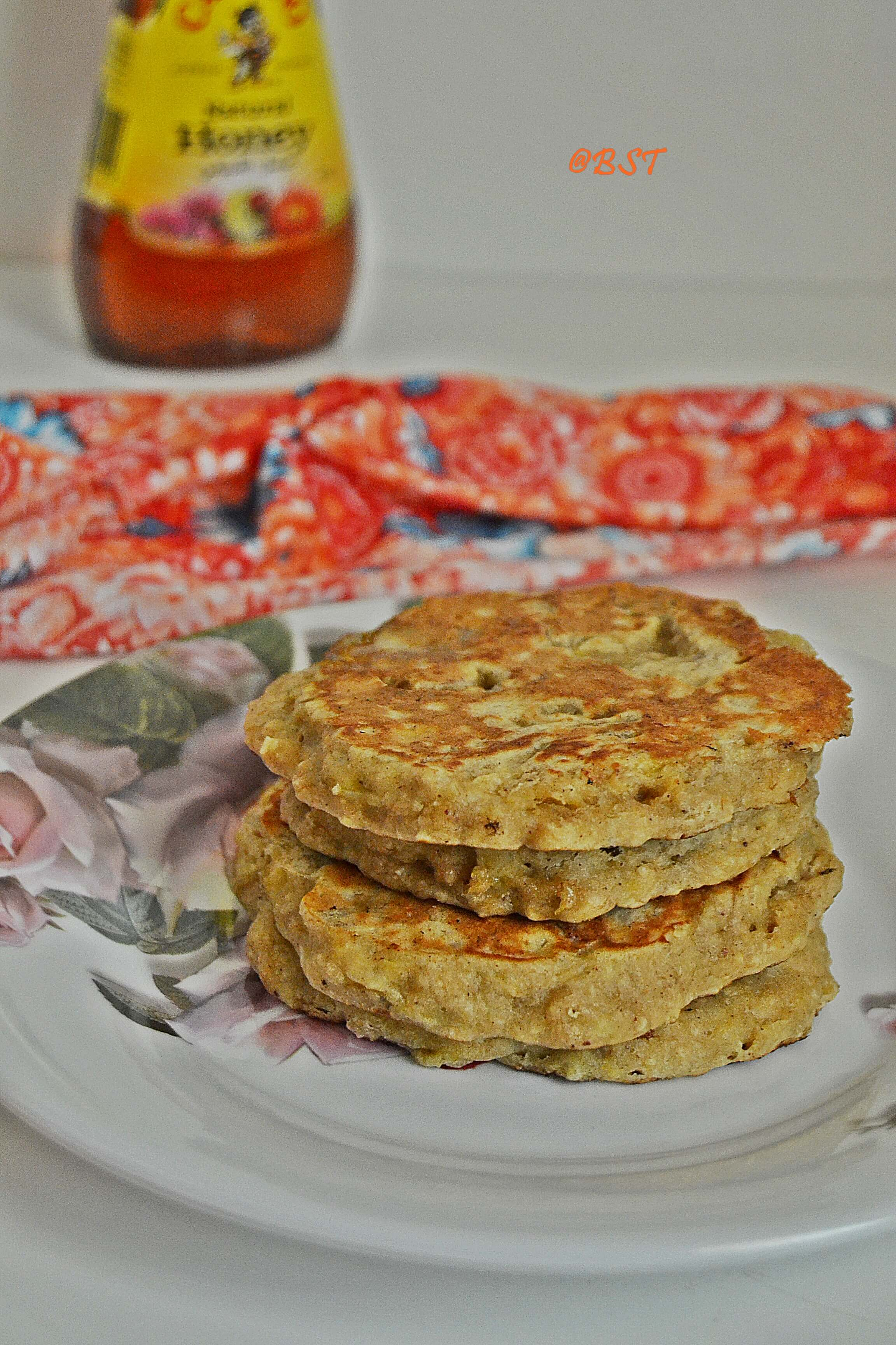 1. Wholewheat Oats Pancakes