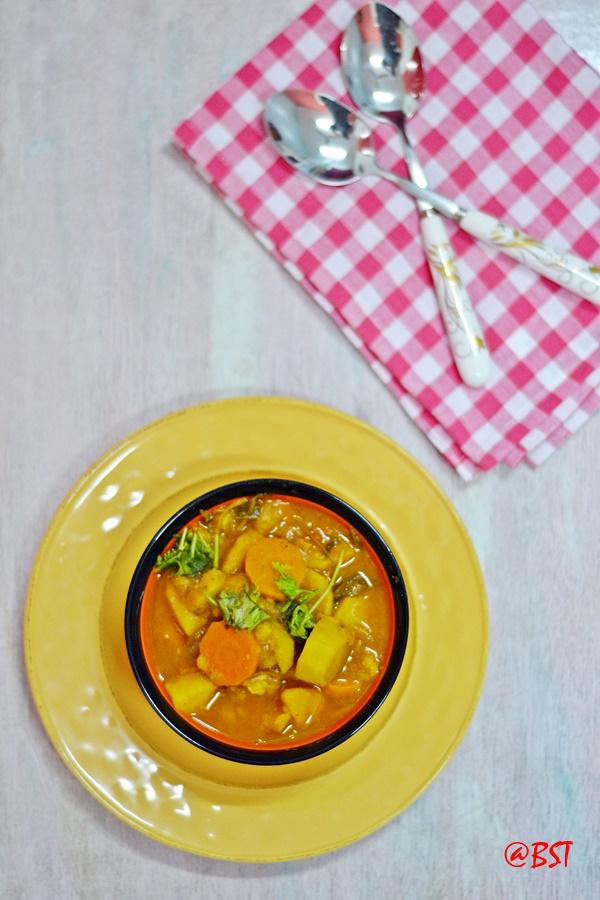 17. Vegetable Thareed