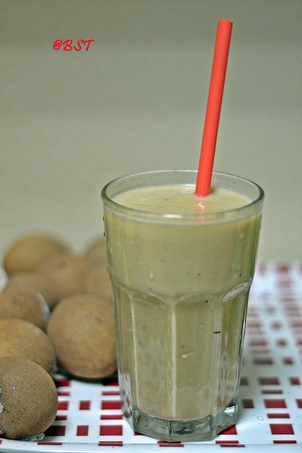 32-chickoo-milkshake