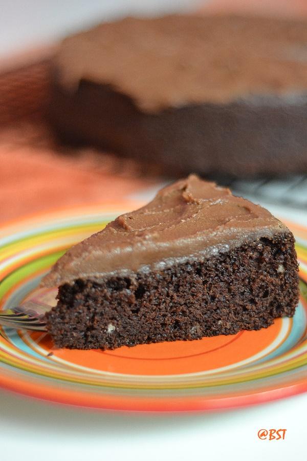 Eggless Chocolate Cake | Condensed Milk Chocolate Cake ...